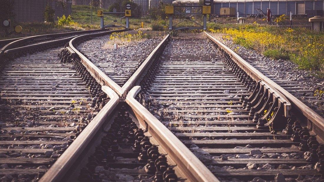 pruga, zeleznica, sine