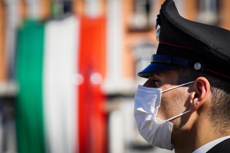 ZAHVALJUJUĆI VAKCINACIJI U ITALIJI U PRVA DVA MJESECA IZBJEGNUTO NAJMANJE 4.000 SMRTNIH SLUČAJEVA! Da se sa masovnom vakcinacijom krenulo ranije, izbjeglo bi se najmanje 12 hiljada žrtava!