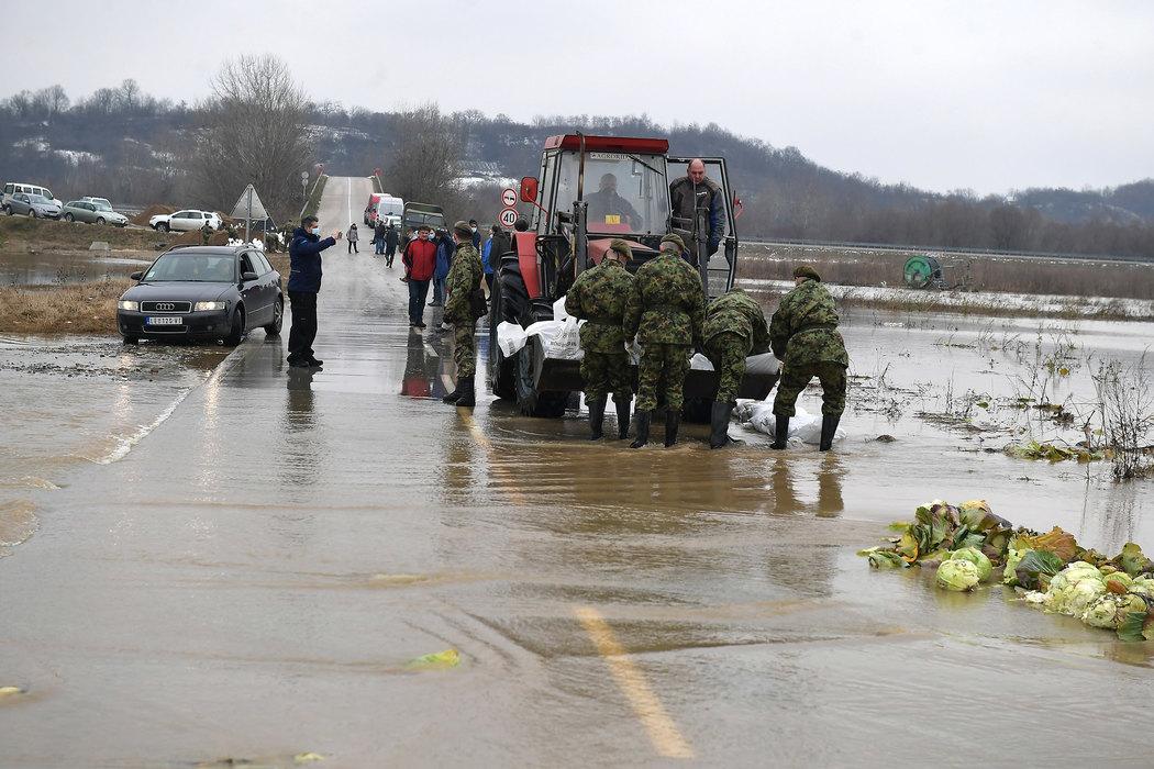 vojska, ,poplave