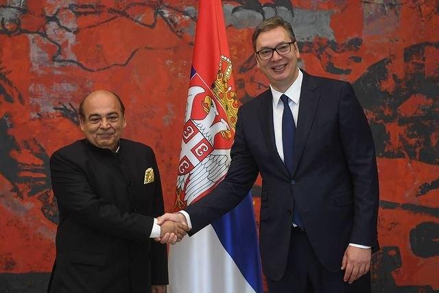 ambasador, indije